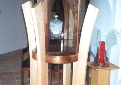 DIVINE SAVIOR Orangevale, California - The tabernacle is made of maple, cherry and glass.